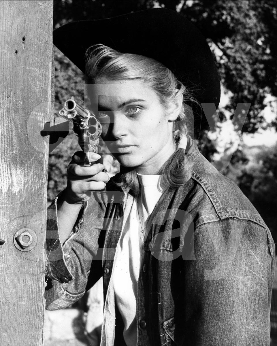 Julie Anne San Jose (b. 1994),Buffie Carruth XXX pic Edna Mae Cooper,Jodi Miller